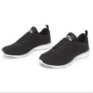 APL Techloom Phantom Shoe Black/Silver size 6